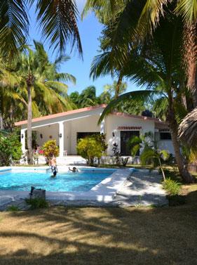 VILLA 120 m²<br />avec piscine et vue mer